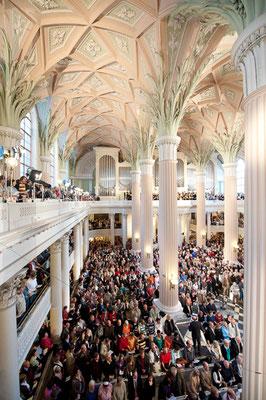 Nikolaikirche während des Gottesdienstes 25 Jahre friedliche Revolution - © Dirk Brzoska