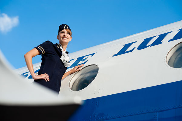 Stewardess an Interflug Maschine - fotografiert für LTM © Dirk Brzoska  - Fotograf aus Leipzig