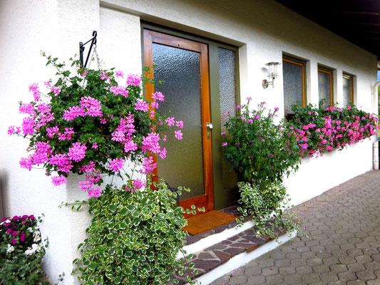 Separater Eingangsbereich für die Ferienwohnungen