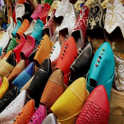 Tanzreisen für Tango Argentino | Winter-Tangoreise in den Orient | Basar Schuhe | TangoMio Tangoreisen | copyright NOSOLOTANGO Travel