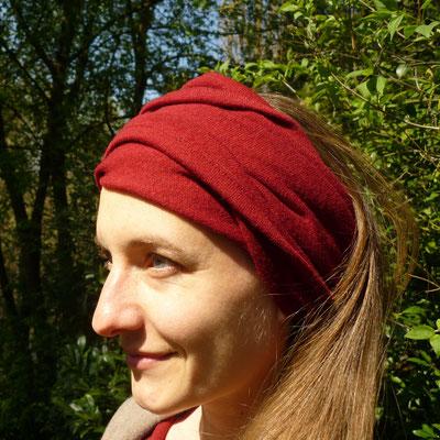 als Turban getragen