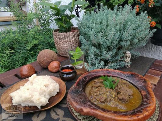 Afrikanisches Lammcurry mit Maisbrei
