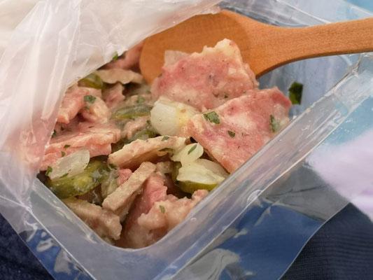 Korsischer Wurstsalat von freilebenden Schweinen