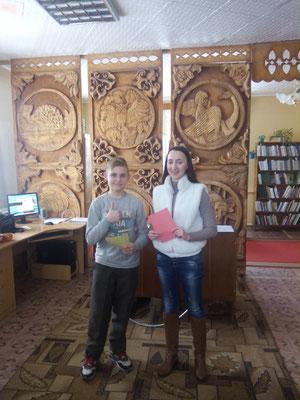 Вядучая свята Анастасія Цярпілка з пераможцам турніру Мікітам Фёдаравым