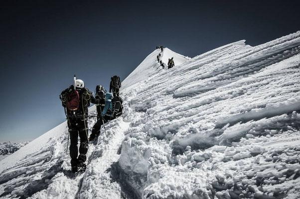 Aufstieg zum Gipfel des Mont Blanc (4810 m)