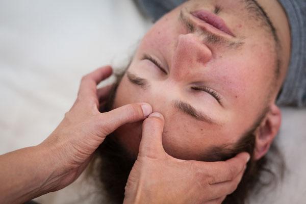 """Geschenkgutschein Thai Yoga Massage Köln """"Entspannung schenken"""""""