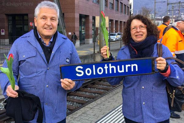 "Nei! Höt ned Soledorn, meer gönd is ""Driizähni""!"