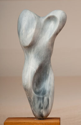Torso (2008), Steatit, ca.43cm