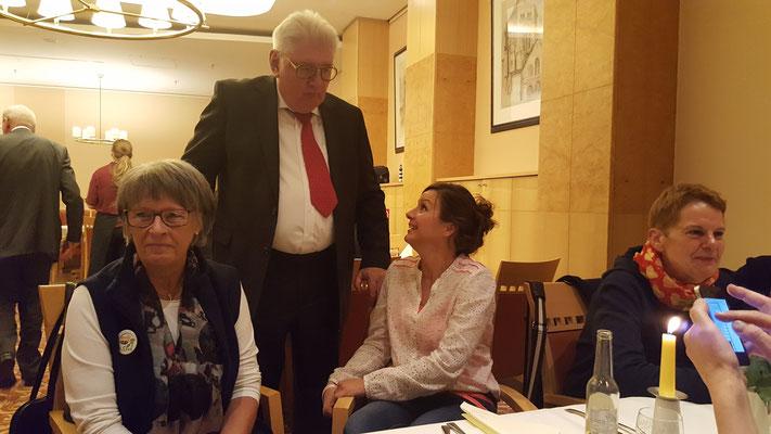 mit Bernd Oppermann und Simone Sombecki  (Foto: Oetken)
