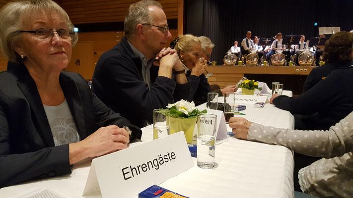 Frau Lauber, Thomas, Beate und Peter, Foto: Oetken