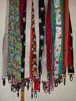 lange Bänder für Hundepfeifen oder Schlüssel