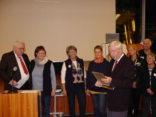 Preisübergabe   (Foto: Prüser)