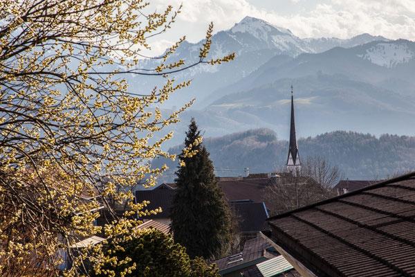 Ausblick vom Balkon auf den Hochfelln