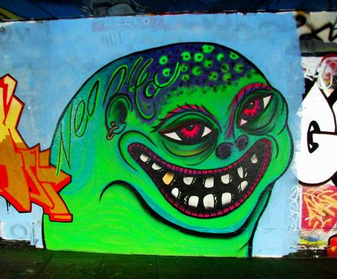 Green Smiley, South Bank, London, 2010