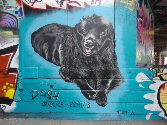 Dash the dog memorial, South Bank, London, 2013