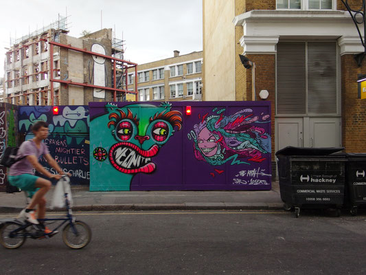 Staring Contest, Neonita and the Krah, Hoxton, London, 2015