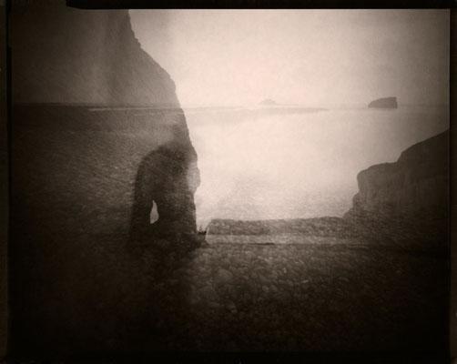 Le fantôme de l'Amont, Etretat 2012 © Annick Maroussy Amy