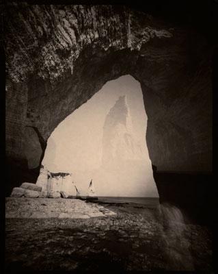 L'Aiguille mystérieuse, Etretat 2012 © Annick Maroussy Amy