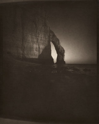 L'Arche discrète, Etretat 2012 © Annick Maroussy Amy