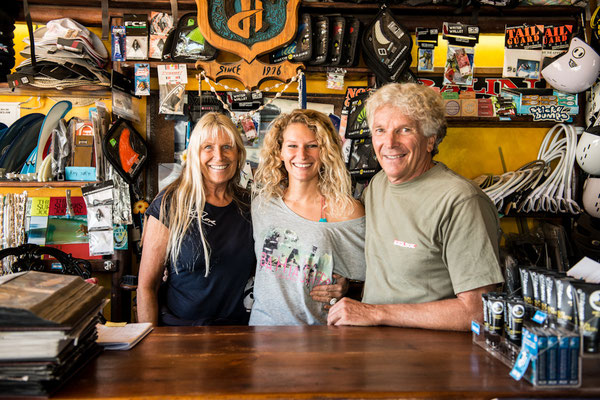Ute , Janni and Jürgen Hönscheid in the Northshore Shop, Lajares Fuerteventura