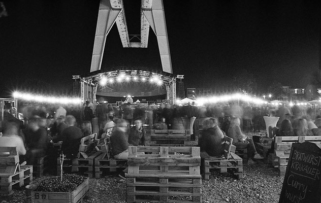 Nacht der 100 Lampinons am Theaterhafen II