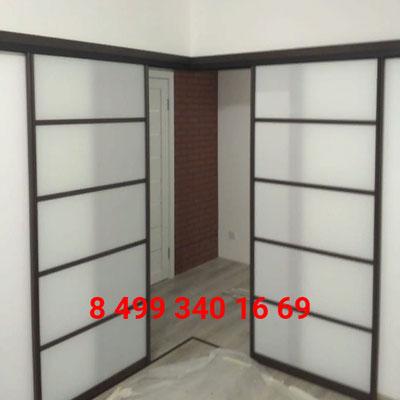 угловые раздвижные двери фото
