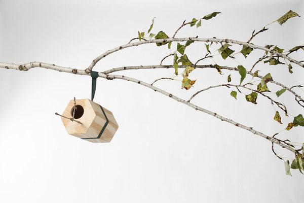 UTOOPIC Neighbirds birdhouse