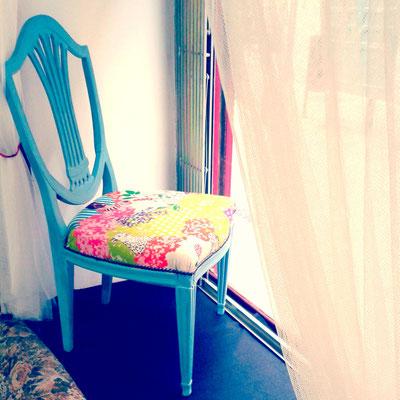 silla tapizada con nuestras telas japonesas