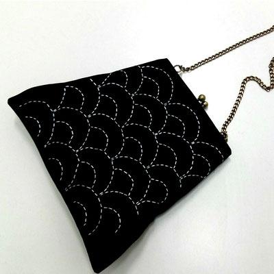 bolso con bordado sashiko