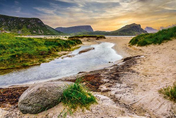 Norwegen - Leknes - Uttakleiv Beach