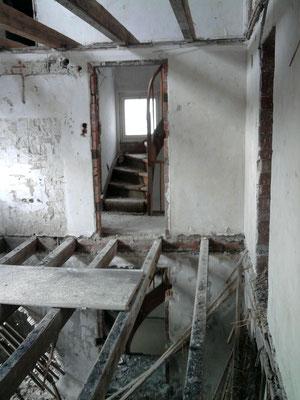Teilabbruch, Mehrfamilienhaus in Winnenden