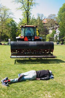'Relaxing at Vondelpark part II'