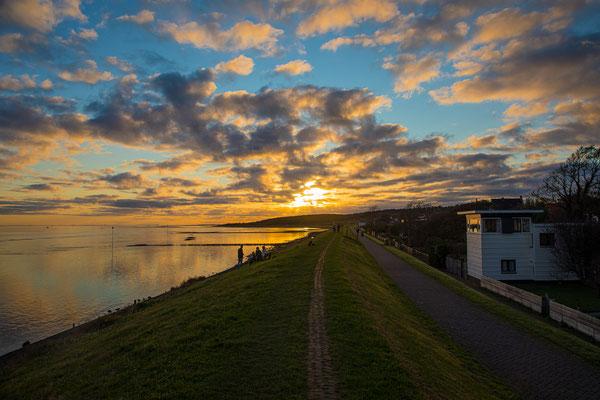 ' Waddendijk Sunset in oktober'