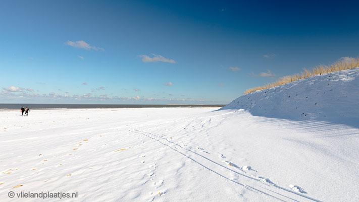 'Sneeuwtop Noordzeestrand Vlieland'