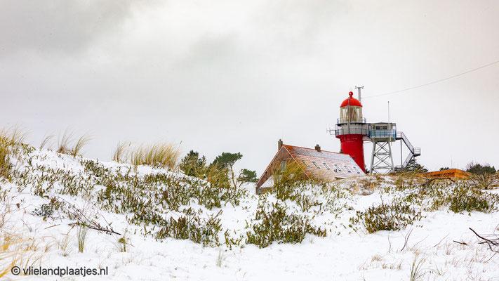 ' Vuurtoren Vlieland met sneeuw'