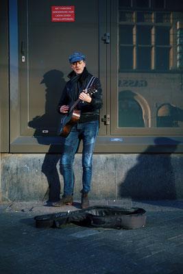 'the guitar man'