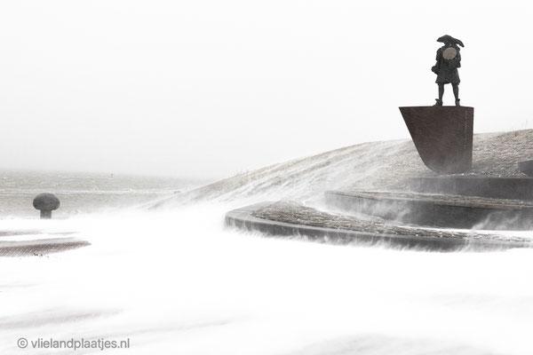'Willem de Vlamingh trotseert de sneeuwstorm' Vlieland 07.02.2021