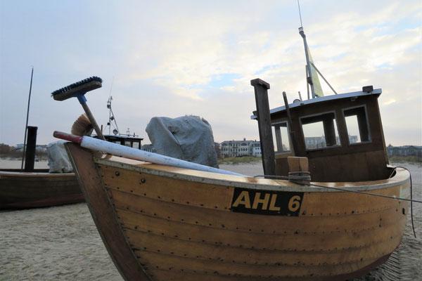 4/37 KB Strandboot