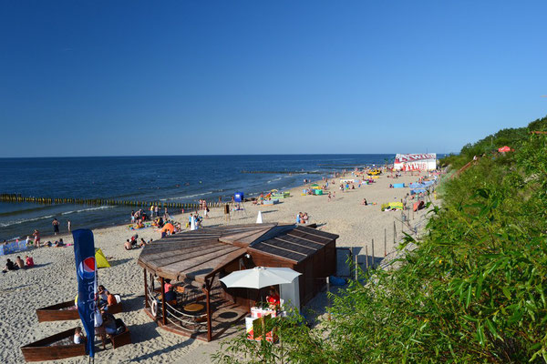 Strand in Dziwnowek ca 800 m Entfernung.