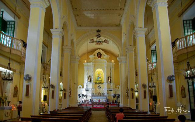 Der Bau der Kirche wurde 1587 abgeschlossen und von drei spanischen Dominikanern geleitet. Aufgrund von Renovierungsarbeiten und Umbauten stammt die heutige Struktur aus dem frühen 17. Jahrhundert.