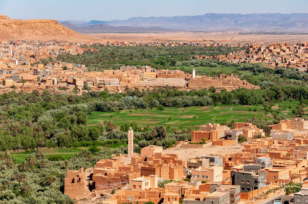 Erfoud oder Arfoud (arabisch أرفود, DMG Arfūd; Tarifit ⴰⵔⴼⵓⴷ) ist eine Wüstenstadt in der Region Drâa-Tafilalet im Osten von Marokko am Rand der Sahara.