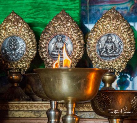 ür den Dalai Lama, das eigentliche Oberhaupt des Klosters, wurde ein Thronsessel neu erbaut.
