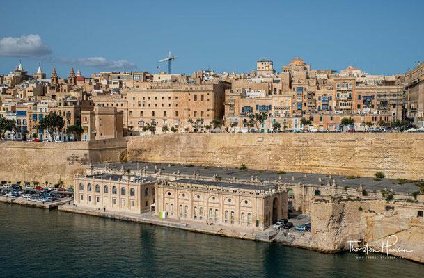 Im Maltesischen wird Valletta umgangssprachlich auch als il-Belt bezeichnet, was ganz einfach die Stadt bedeutet. Die Einwohner heißen Beltin.