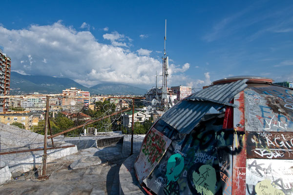 Blick über Tirana vom Enver-Hoxha-Museum