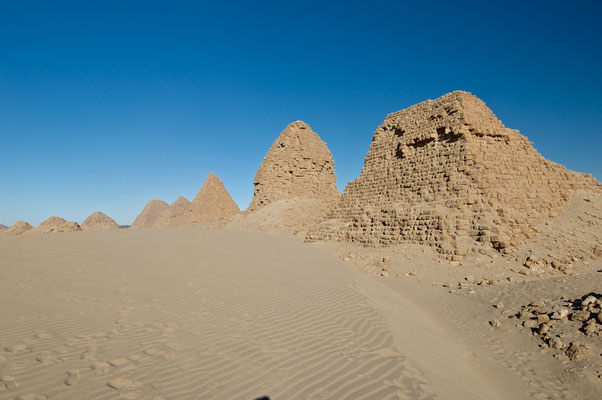 Pyramiden in Nuri