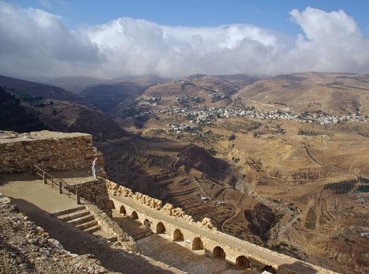 Blick von der Kreuzritterburg Karak