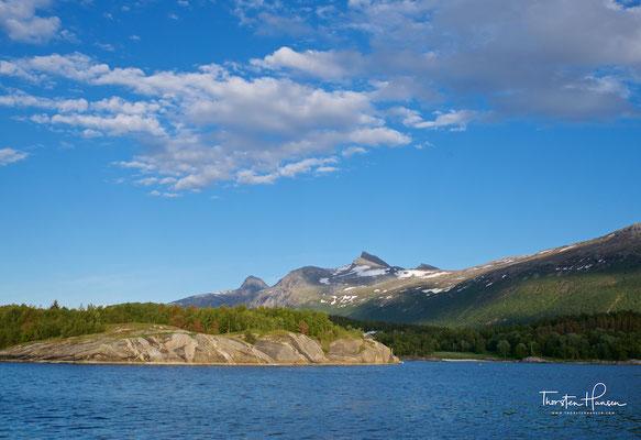 """Sein Name leitet sich ab von Salten, der Region in der er sich befindet. Straumen ist Nynorsk für """"Strom, Strömung""""."""