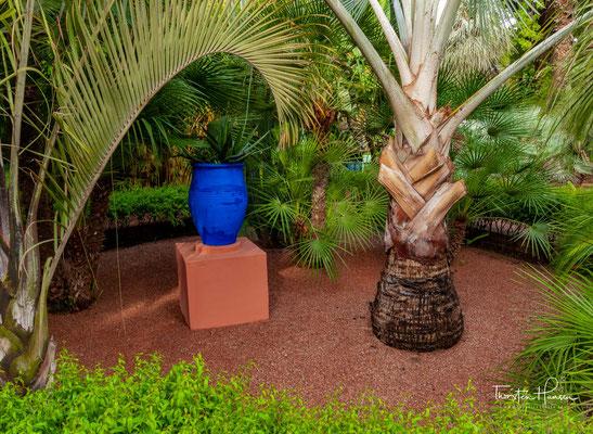 Nach seinem Abschied vom Modegeschäft 2002 wurde die Villa und der Garten zu einem seiner Rückzugsorte.