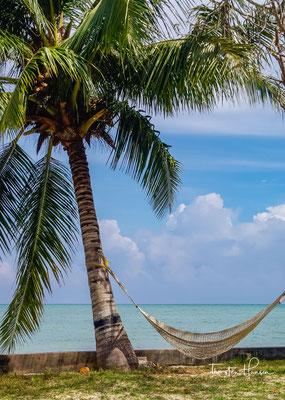 An der Ostküste in den Dörfern 2 bis 5 gibt es die meisten Unterkünfte – und einige sehr schöne Strände. Besonders malerisch wirkt Beach Nr. 5, der auch Kalapathar Beach heißt.
