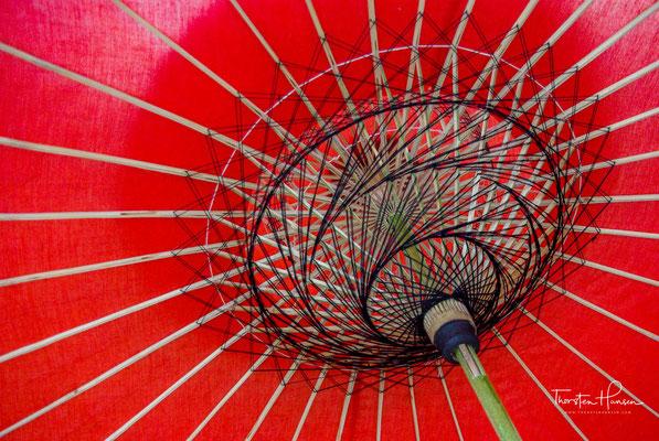 Die Herstellung von Shan Papier & Regenschirmen